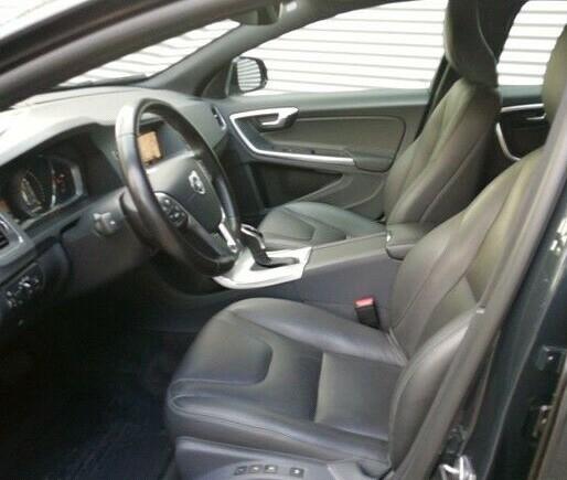 Volvo V60 Cross Country Summum D4 AWD Navi Kamera SHZINTCOND