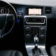 Volvo V60 Cross Country Summum D4 AWD Navi Kamera SHZITABLEAU BORD